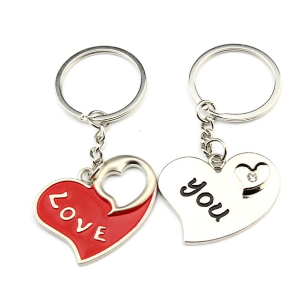 Love You Herats Engraved Silver Metal Couple Keyrings