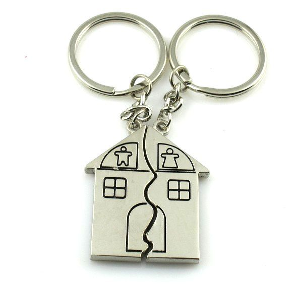 House Shaped Engraved Silver Metal Couple Keyrings Lovers Puzzle Key Chains Novelty Gift Present